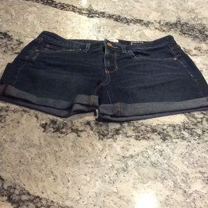 Sonoma slightly distressed shorts